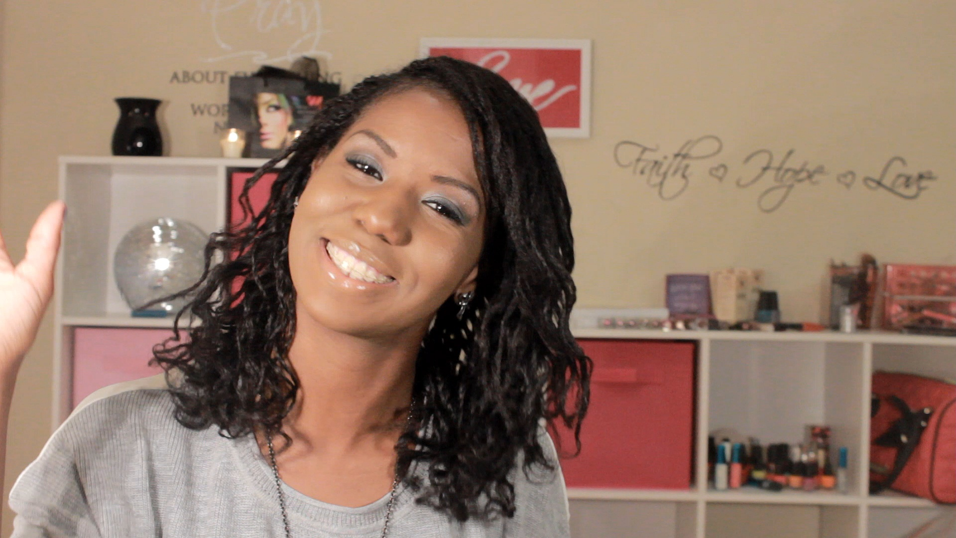 Bantu knot out on loose two strand twist – Alicia James – Natural ...